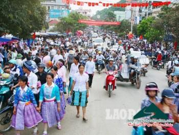Đồng bào Mông Mộc Châu vui đón Tết Độc lập 2.9
